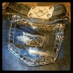 Plus Size Miss Me Jeans Capris